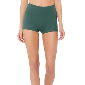 Alo Yoga Aura Short